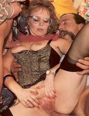 MILF With Glasses Anal Porn