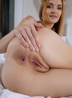 Very horny mature tube